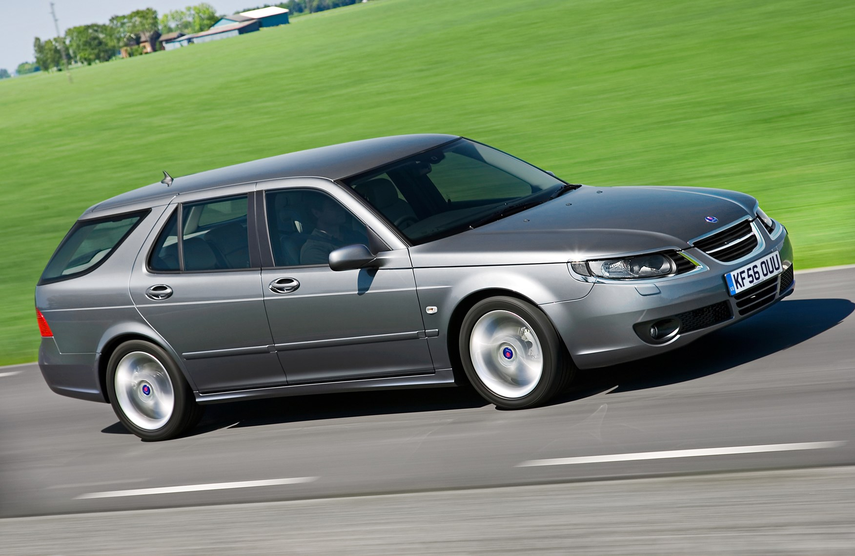 saab 9 5 estate review 2005 2010 parkers. Black Bedroom Furniture Sets. Home Design Ideas