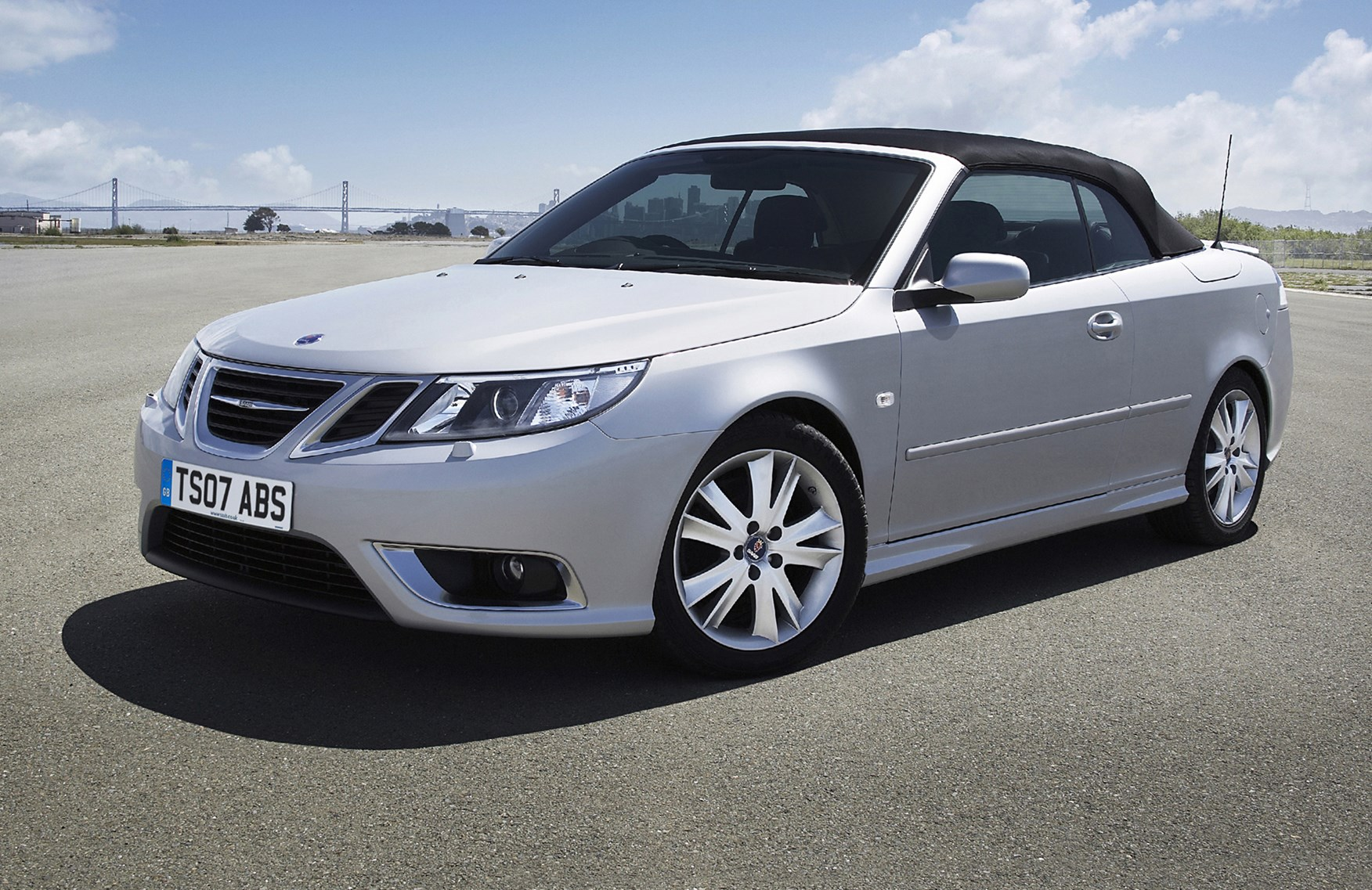 saab 9 3 convertible review 2003 2011 parkers. Black Bedroom Furniture Sets. Home Design Ideas
