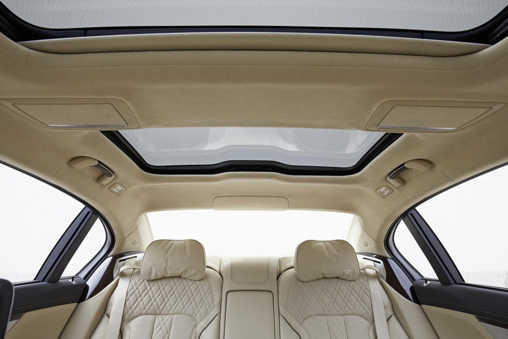 Bmw 7 Series Saloon 2015 Photos Parkers