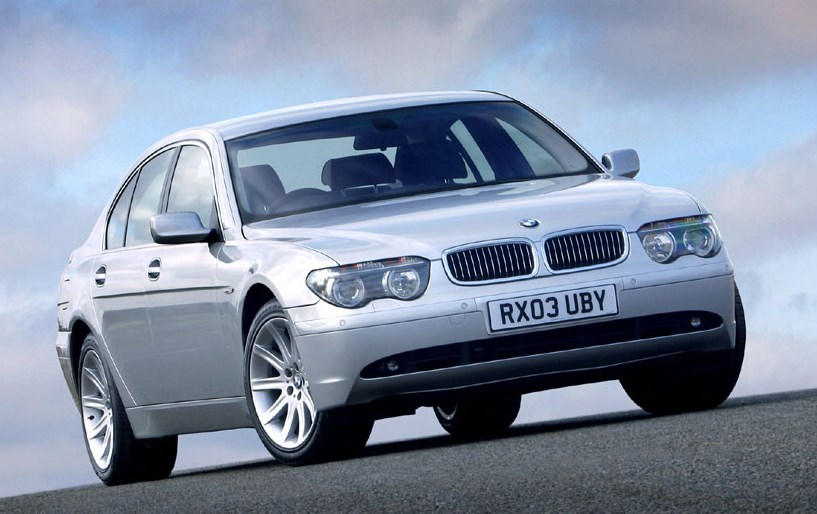 BMW 7 Series Saloon Review 2002