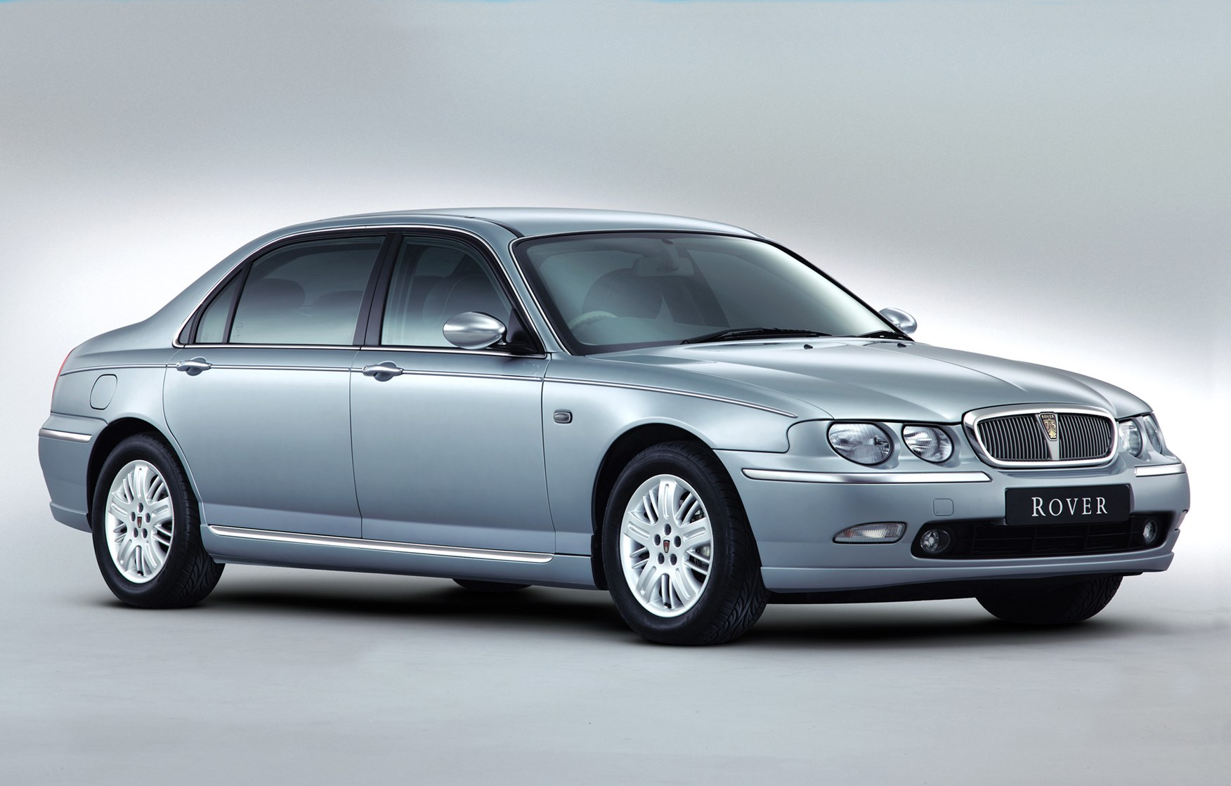 rover  saloon review   parkers