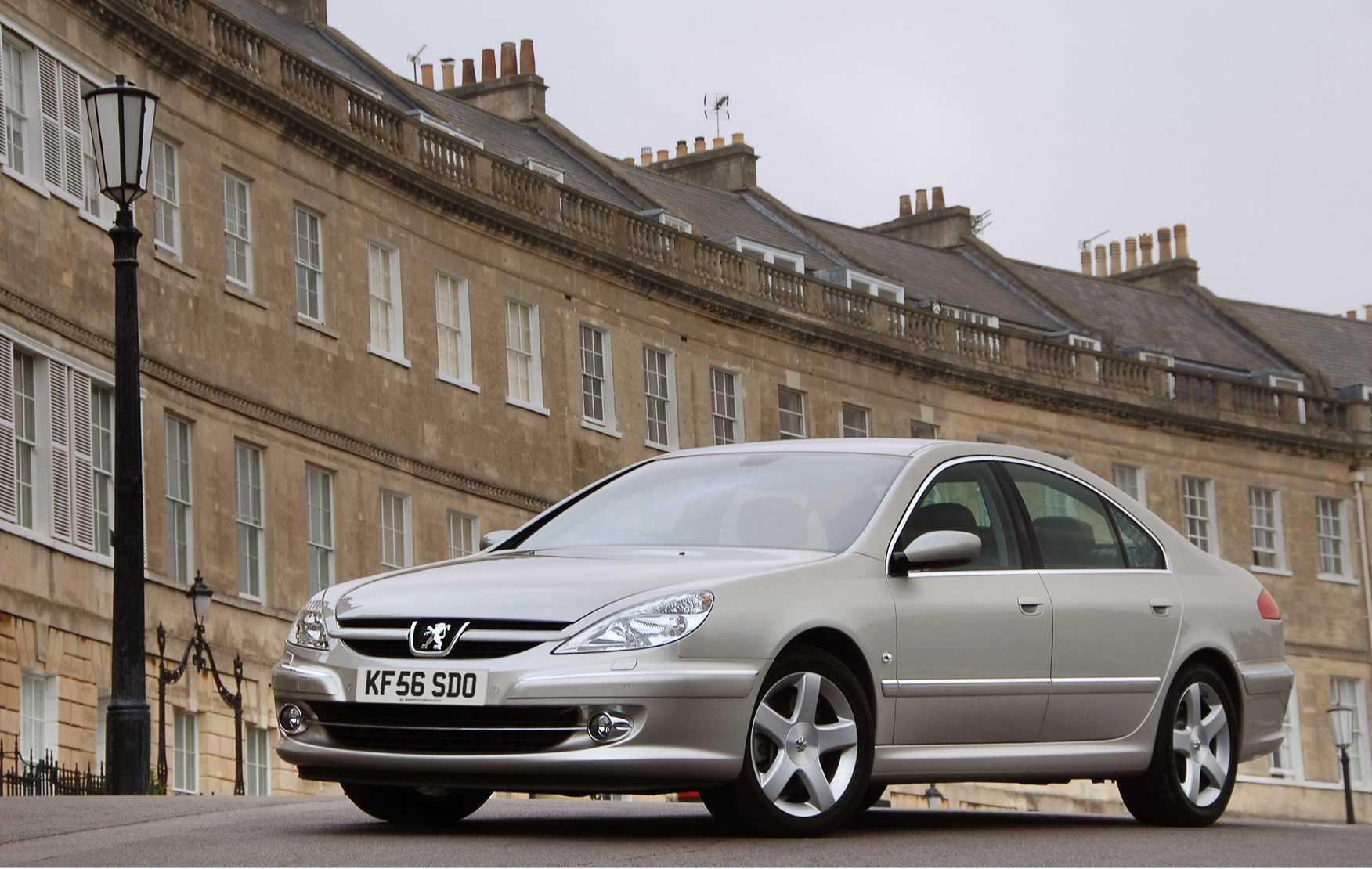 Peugeot 607 (sedan): specifications, review, reviews
