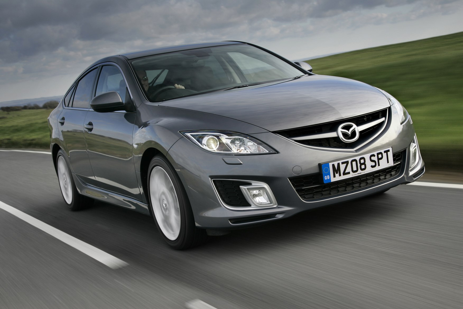 Mazda 6 Hatchback (2007   2012) Features, Equipment And Accessories |  Parkers