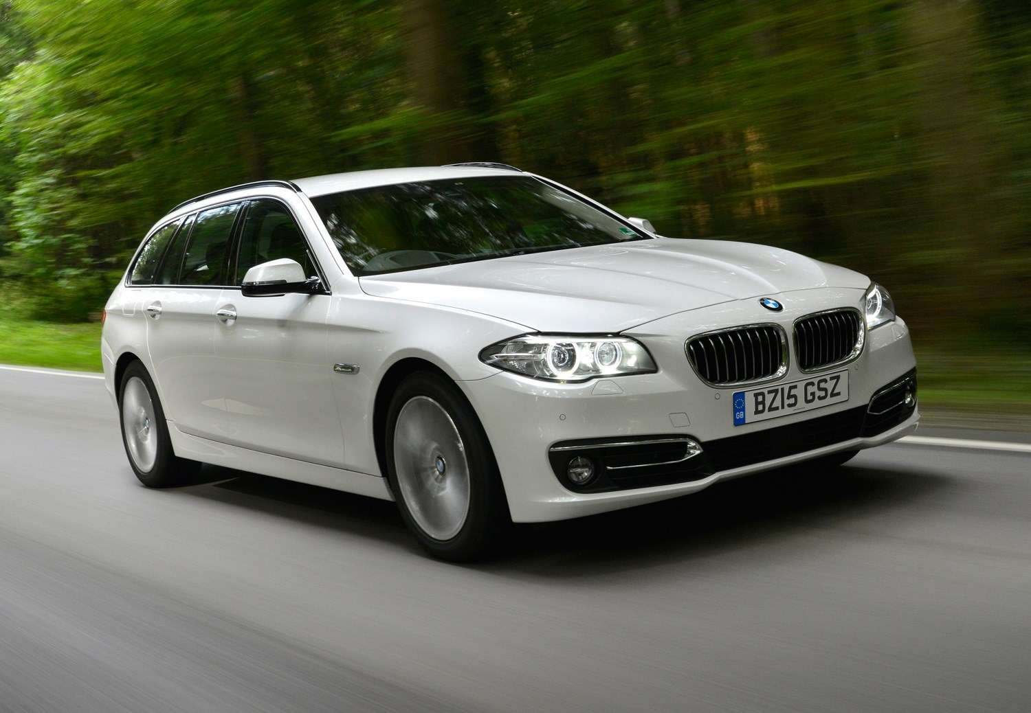 bmw 5 series touring review 2010 2017 parkers. Black Bedroom Furniture Sets. Home Design Ideas