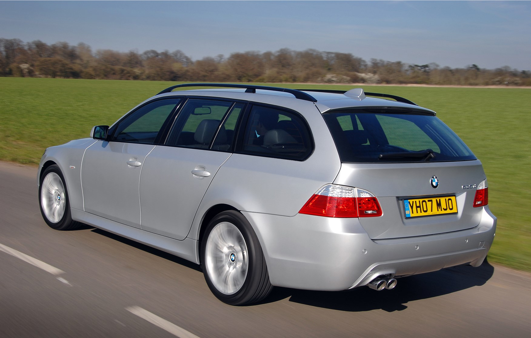 Pics photos bmw 520d estate bmw 520d touring review 2010 - How Much Is It To Insure