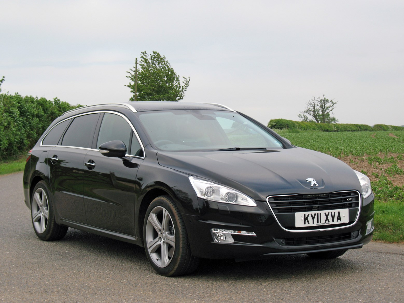 peugeot 508 sw 2011 features equipment and. Black Bedroom Furniture Sets. Home Design Ideas