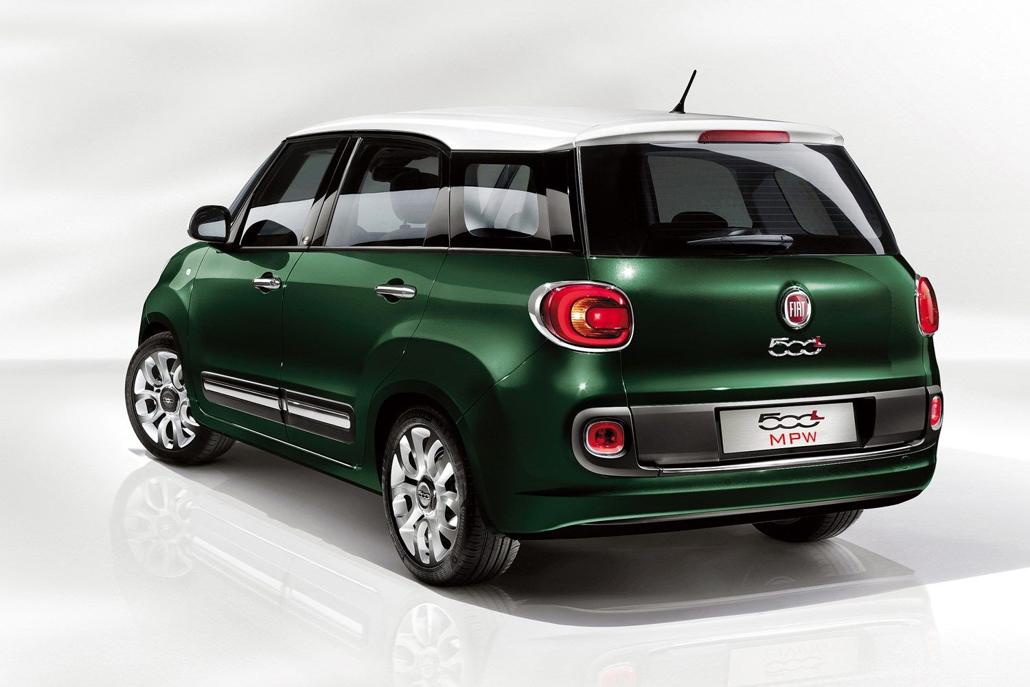 fiat 500l mpw estate review 2013 2017 parkers. Black Bedroom Furniture Sets. Home Design Ideas