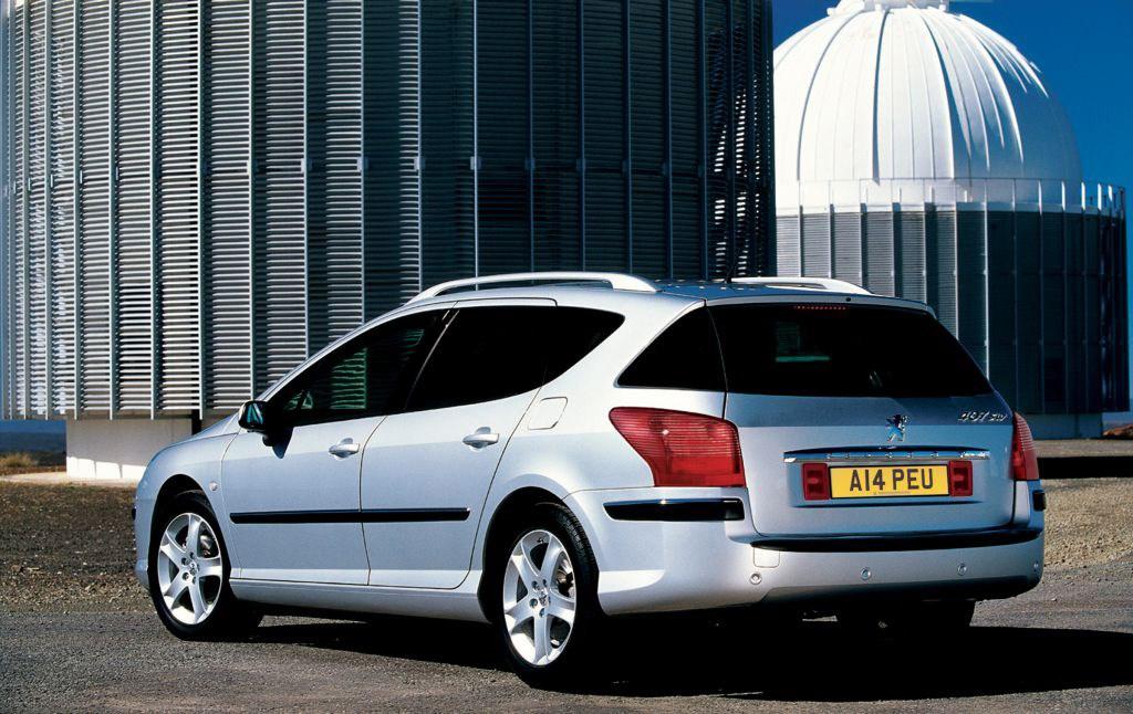 Peugeot 407 sw estate review 2004 2011 parkers for Interieur 407 sw