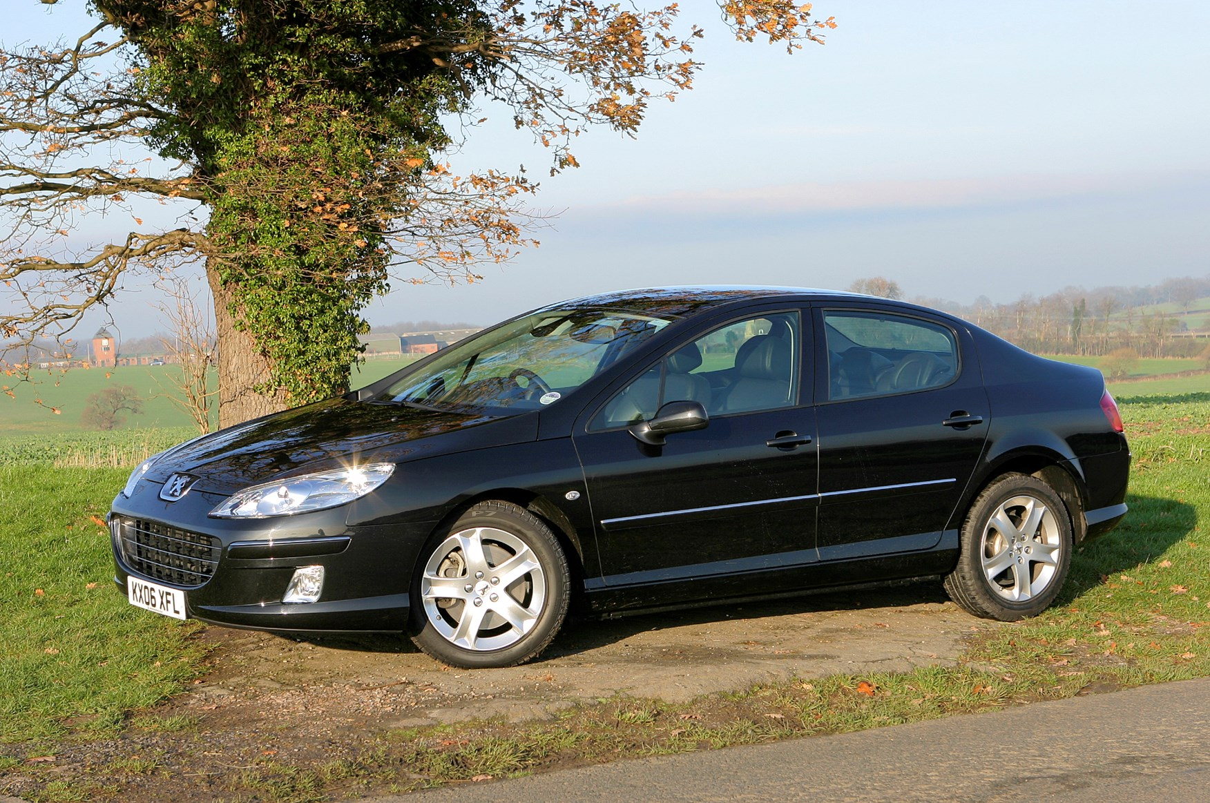 Peugeot 407 Saloon Review (2004 - 2011)