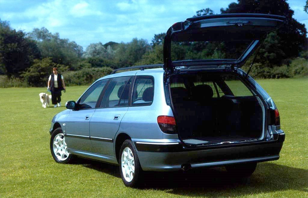 peugeot 406 estate review 1996 2004 parkers. Black Bedroom Furniture Sets. Home Design Ideas