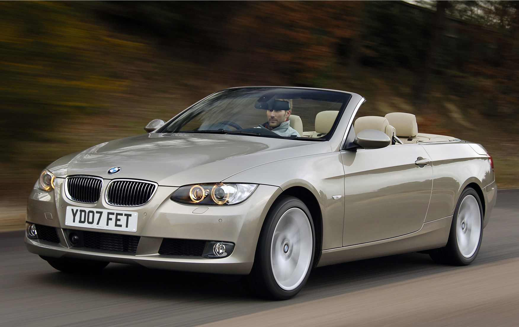 bmw 3 series convertible 2007 2013 running costs parkers. Black Bedroom Furniture Sets. Home Design Ideas