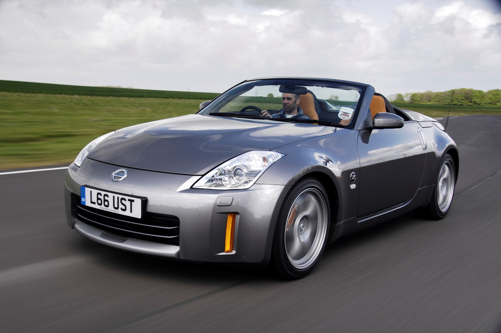 nissan 350z roadster review 2005 2010 parkers. Black Bedroom Furniture Sets. Home Design Ideas
