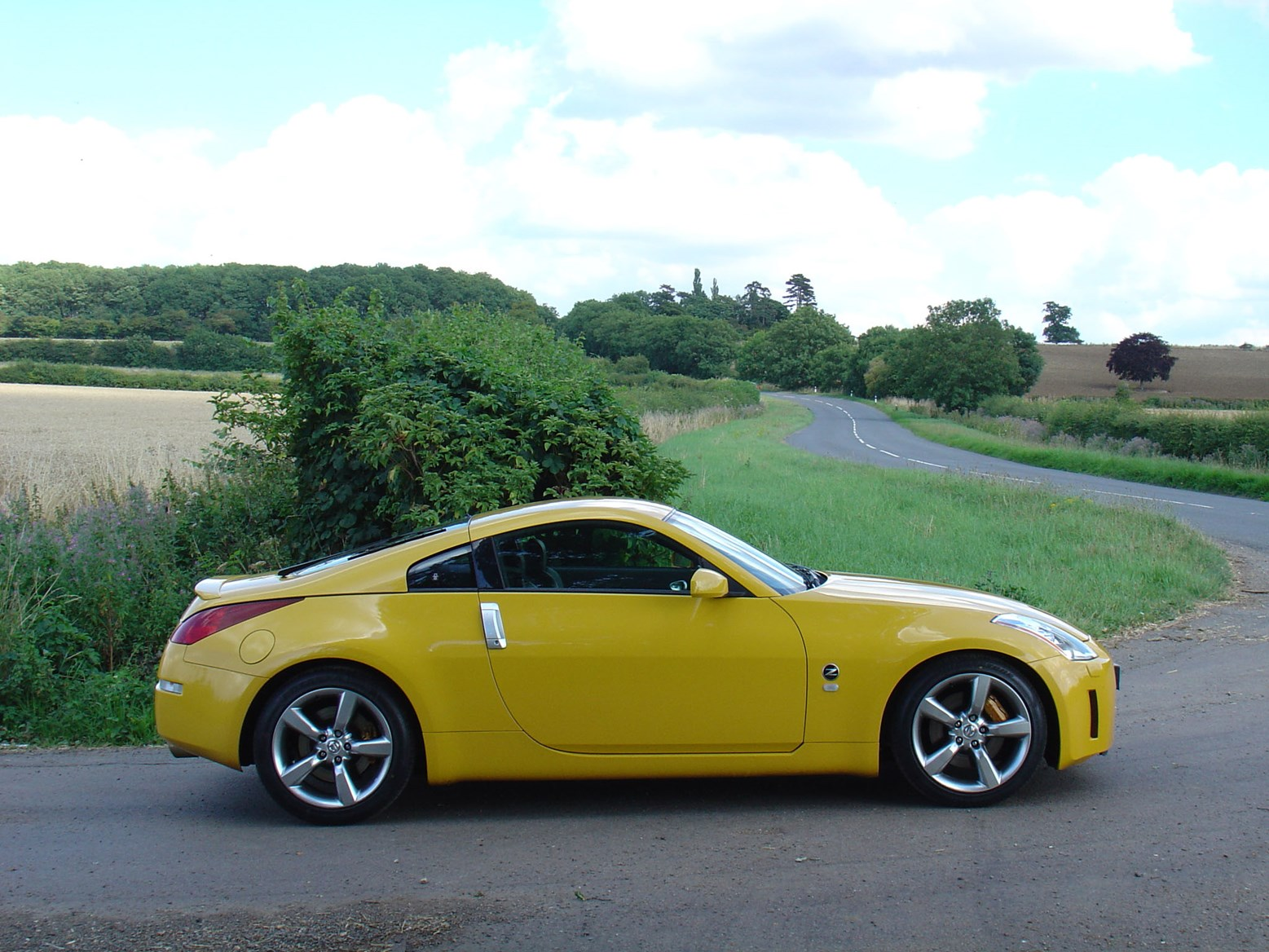 nissan 350z coup review 2003   2010 parkers