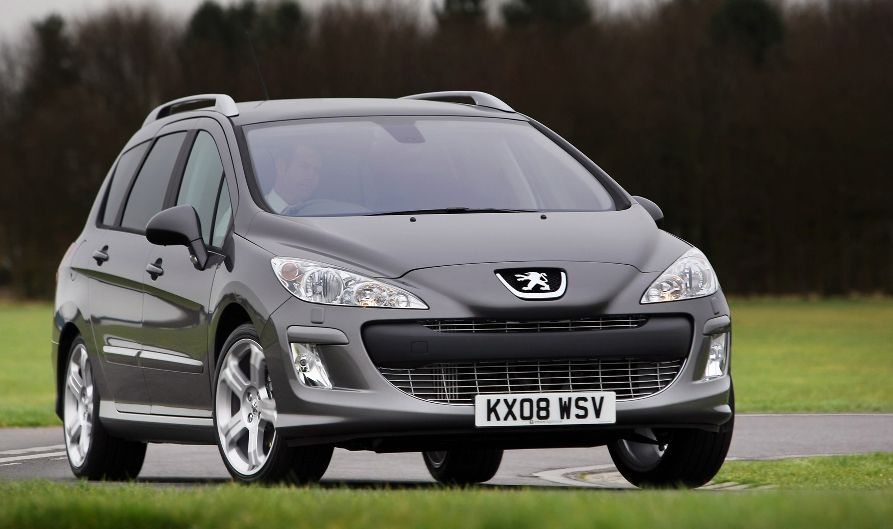 peugeot 308 sw 2008 2014 features equipment and. Black Bedroom Furniture Sets. Home Design Ideas