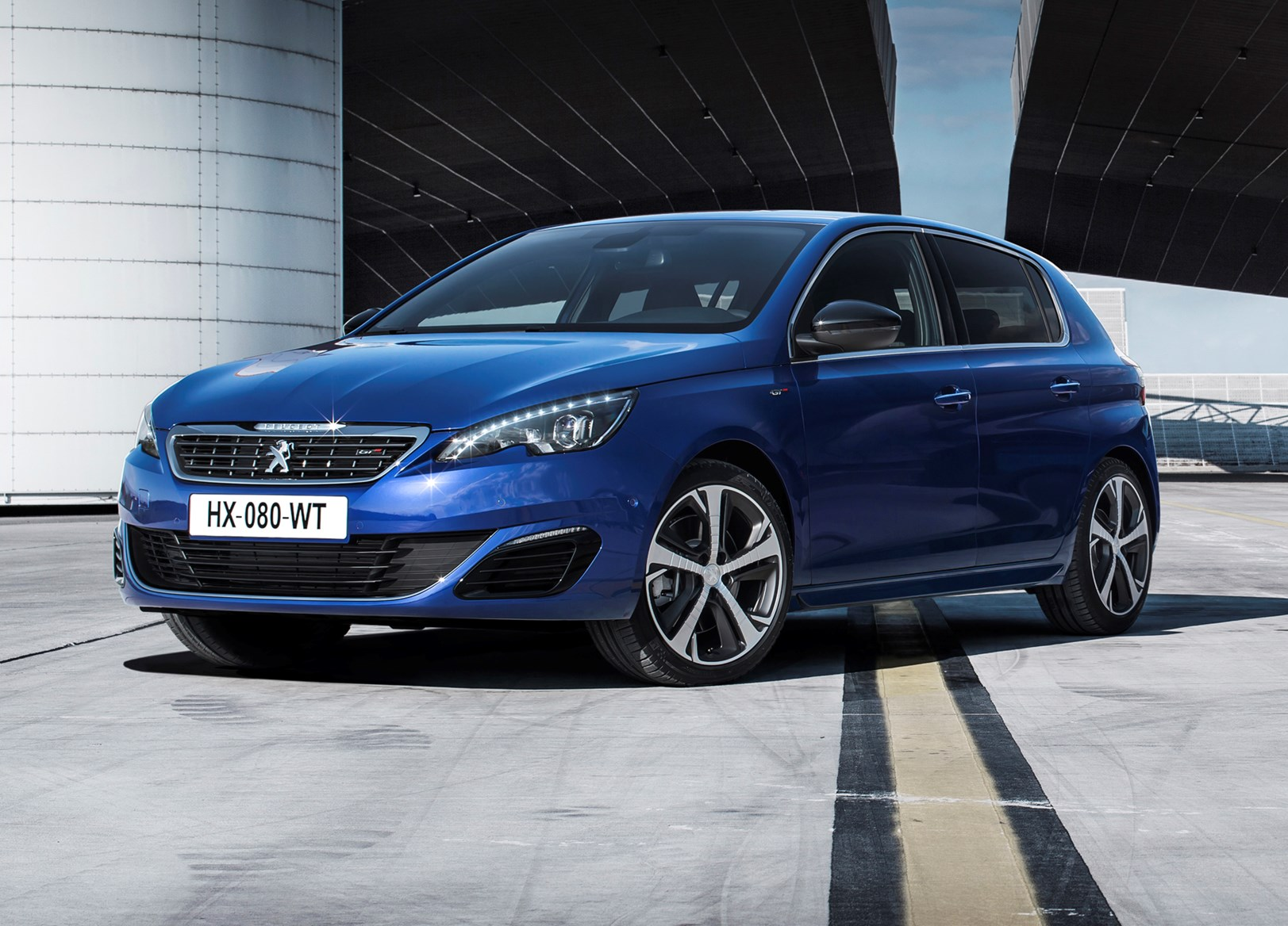 peugeot 308 gt 2015 features equipment and accessories parkers. Black Bedroom Furniture Sets. Home Design Ideas