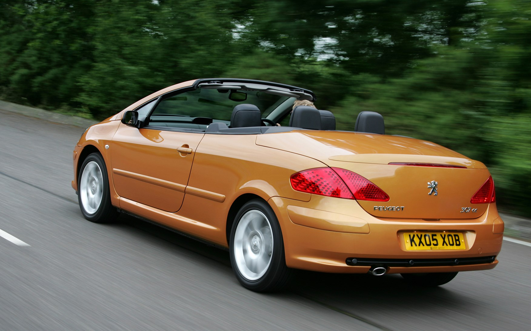 2007 Ford Focus Hatchback >> Used Peugeot 307 Coupe Cabriolet (2003 - 2008) Review | Parkers