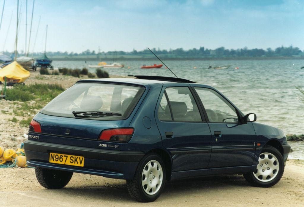 peugeot 306 hatchback 1993 2001 rivals parkers. Black Bedroom Furniture Sets. Home Design Ideas