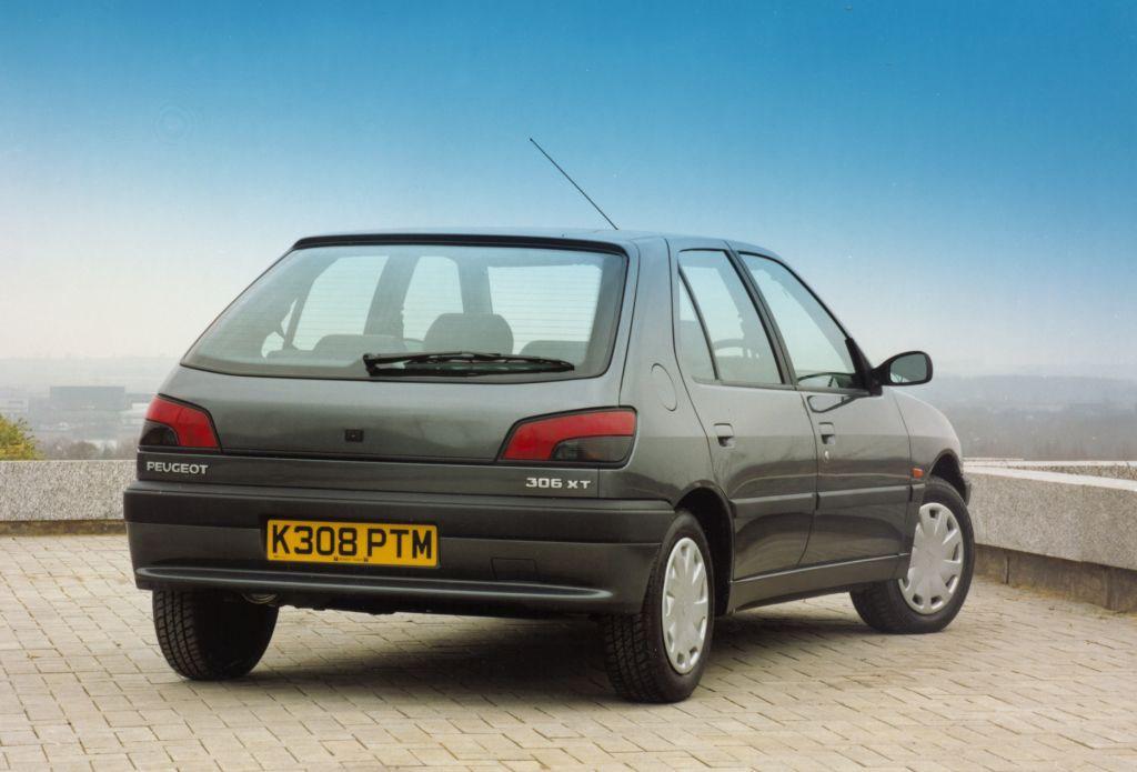 Peugeot 306 Hatchback 1993 2001 Rivals Parkers