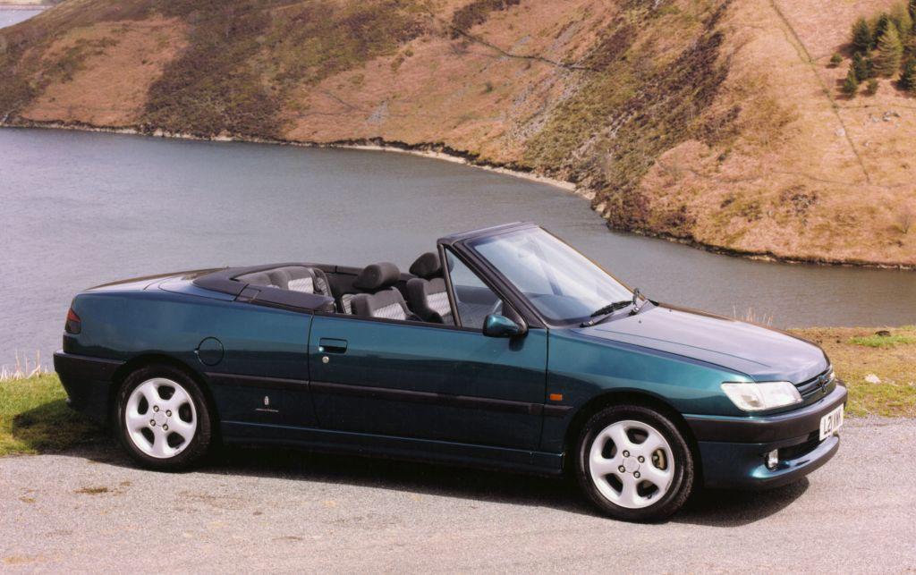 peugeot 306 cabriolet review 1994 2002 parkers. Black Bedroom Furniture Sets. Home Design Ideas
