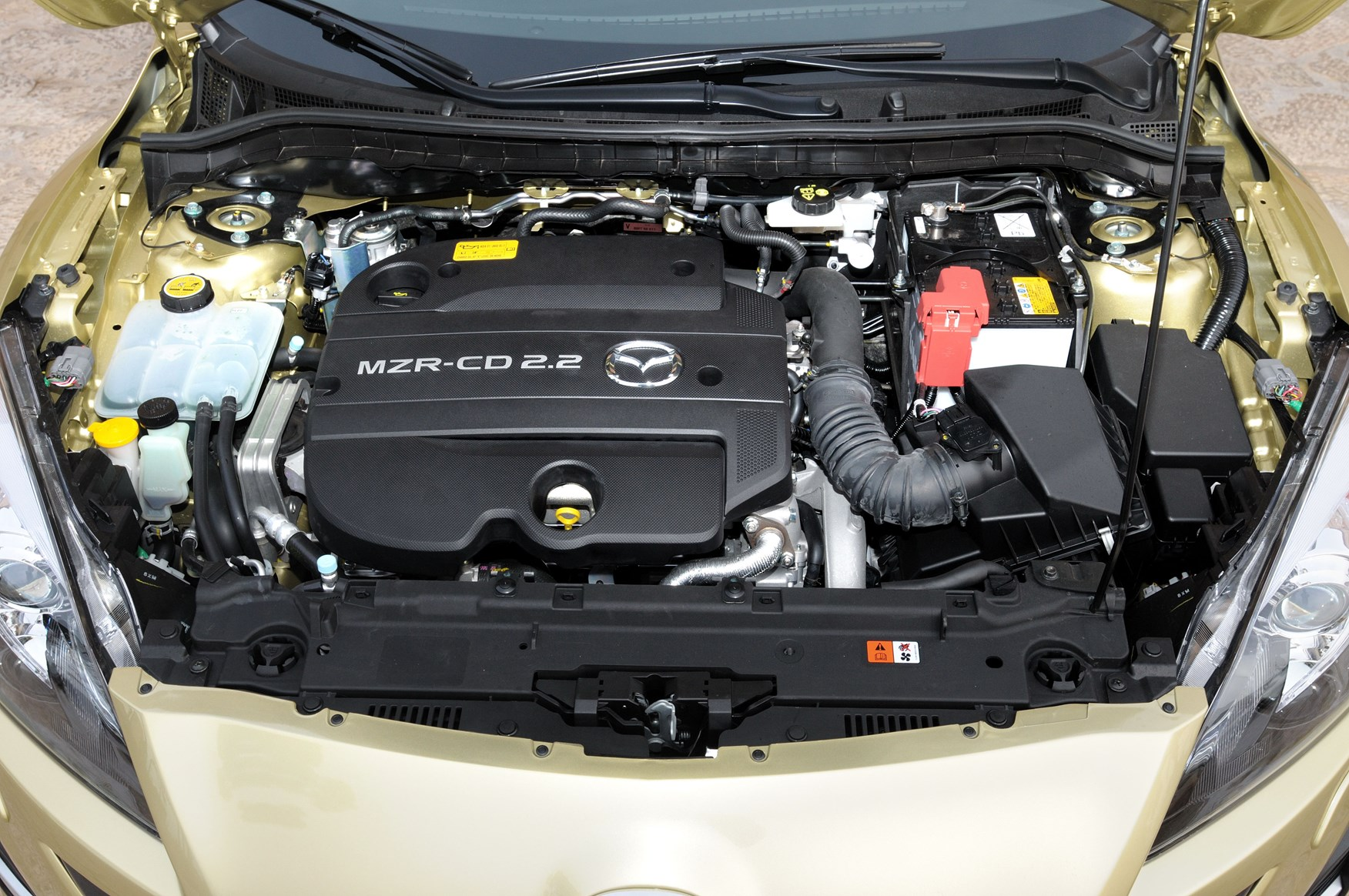Used Mazda 3 Saloon (2009 - 2010) MPG | Parkers