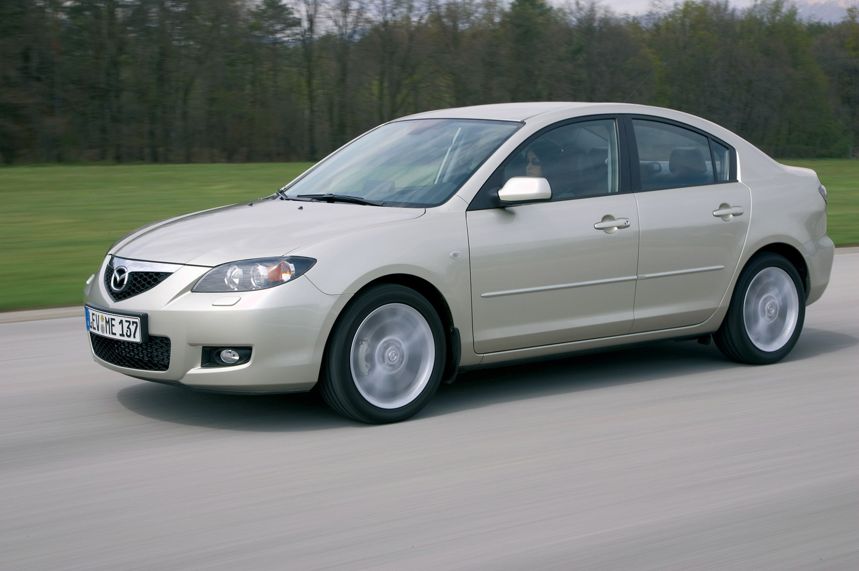 mazda 3 saloon review (2004 - 2008) | parkers