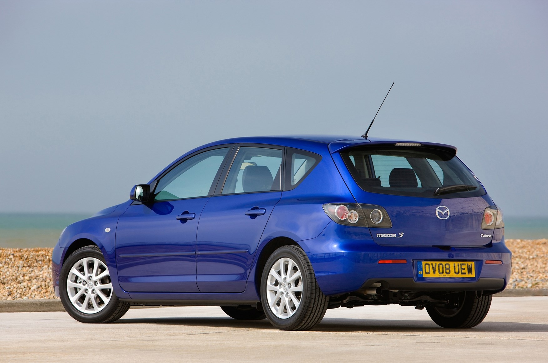 Perfect Mazda 3 Hatchback Review (2004   2008) | Parkers