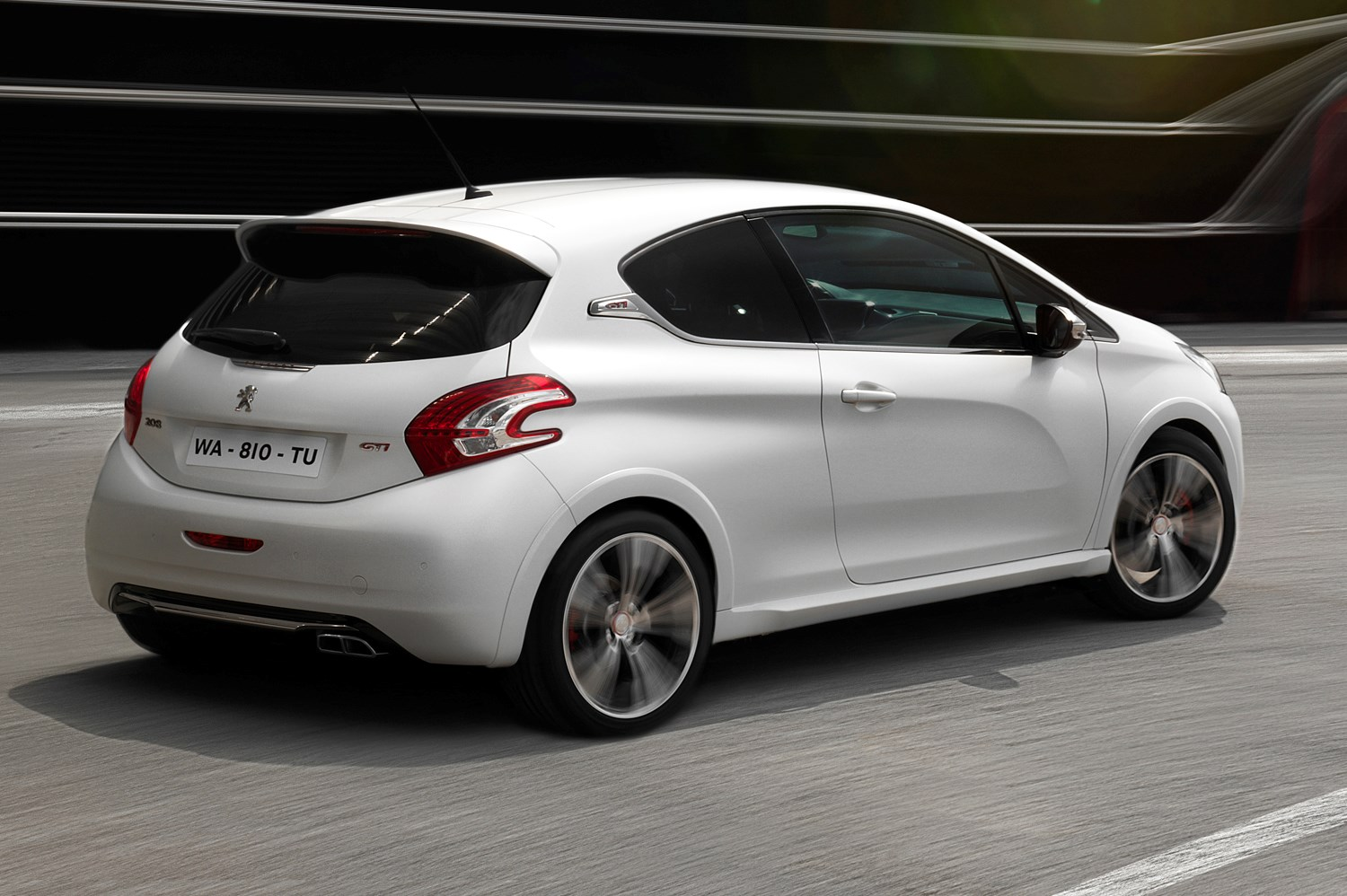 peugeot 208 gti 2012 features equipment and accessories parkers