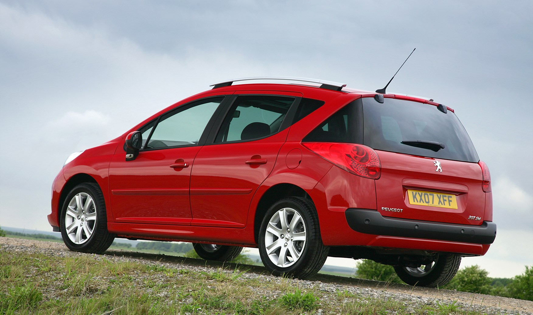 Used Peugeot 207 Sw 2007 2013 Review Parkers
