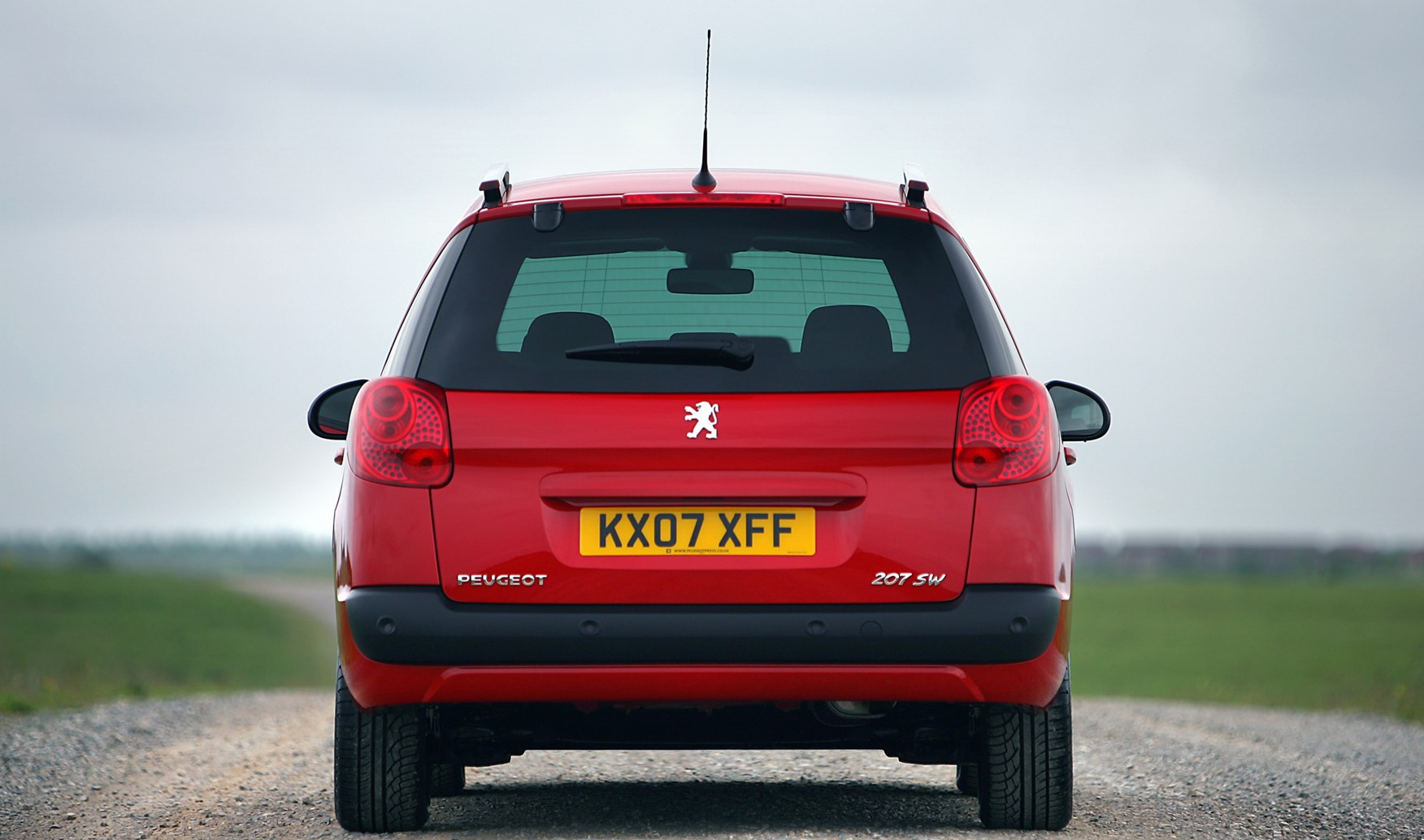 Peugeot 207 Sw 2007 2013 Running Costs Parkers Under Bonnet Fuse Box