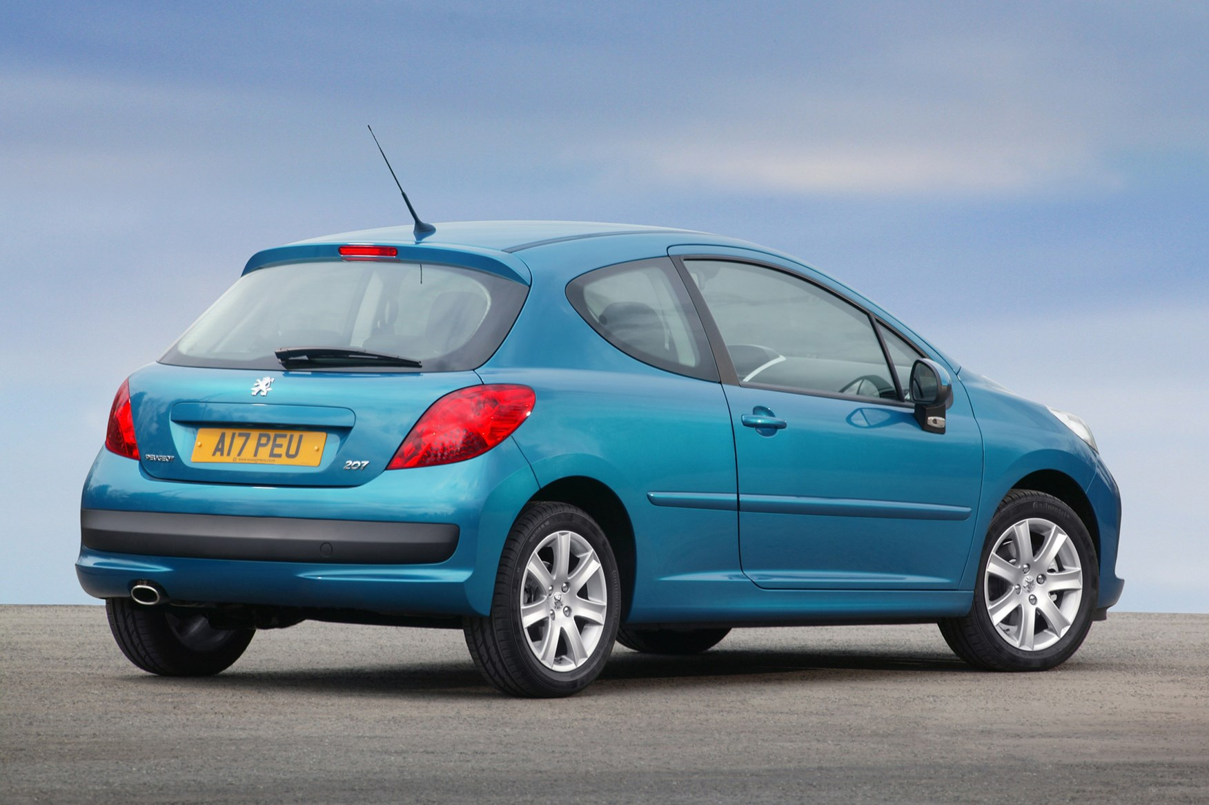 02 peugeot 207 hatchback (2006 2012) running costs parkers peugeot 207 fuse box recall at gsmportal.co