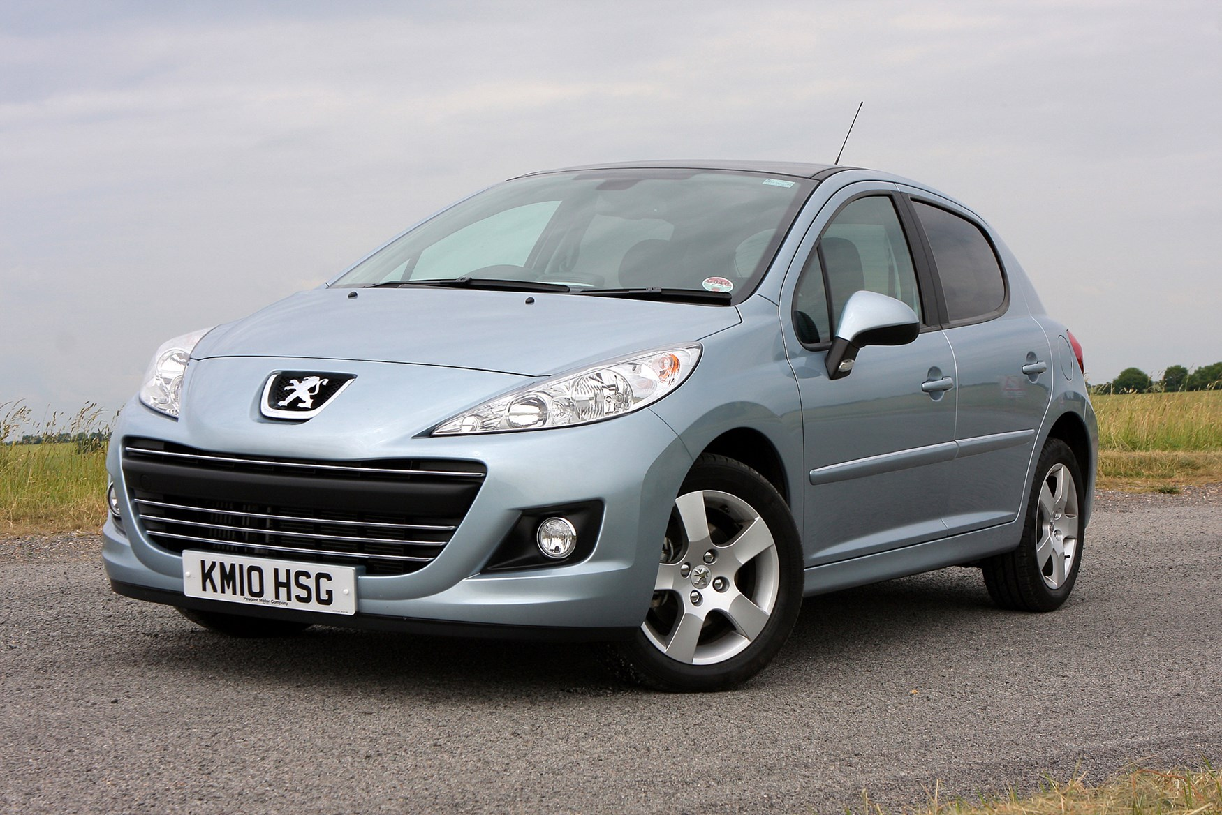 1_2b8c0a9c 46ba 40da 8 peugeot 207 hatchback (2006 2012) running costs parkers peugeot 207 fuse box recall at gsmportal.co