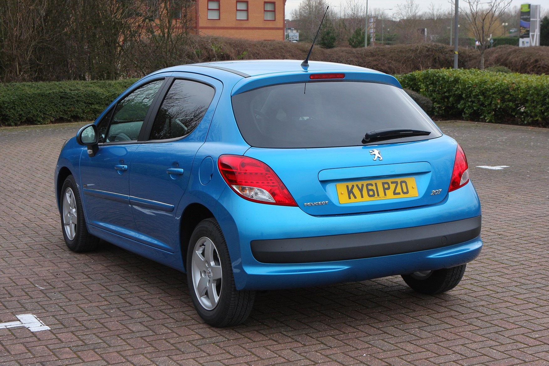 peugeot 207 hatchback review 2006 2012 parkers. Black Bedroom Furniture Sets. Home Design Ideas