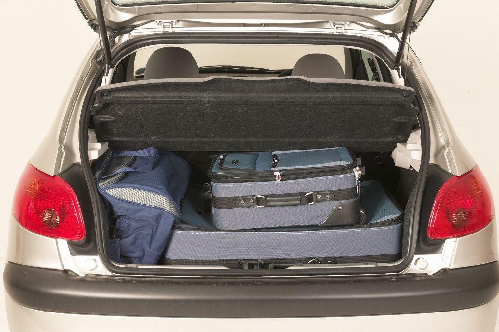 Peugeot 206 Hatchback Review (1998 - 2009)