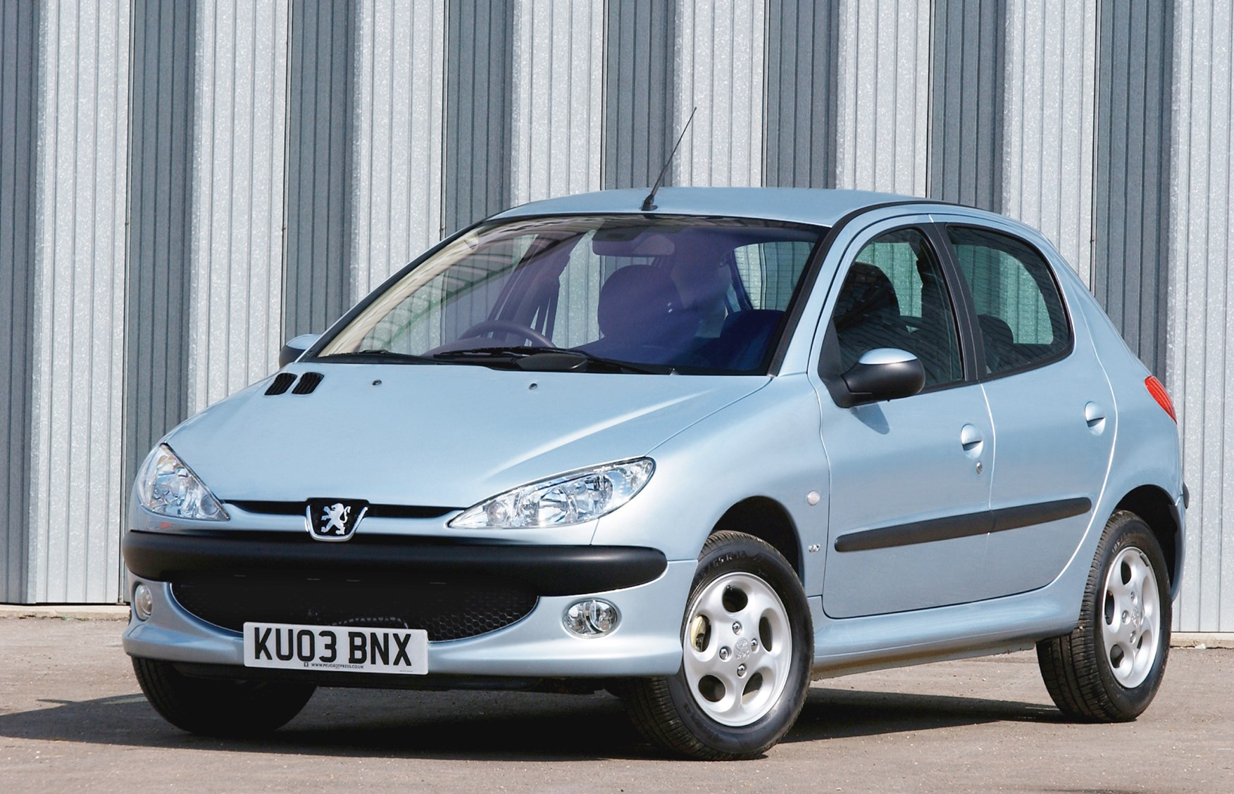 peugeot 206 hatchback 1998 2009 rivals parkers. Black Bedroom Furniture Sets. Home Design Ideas