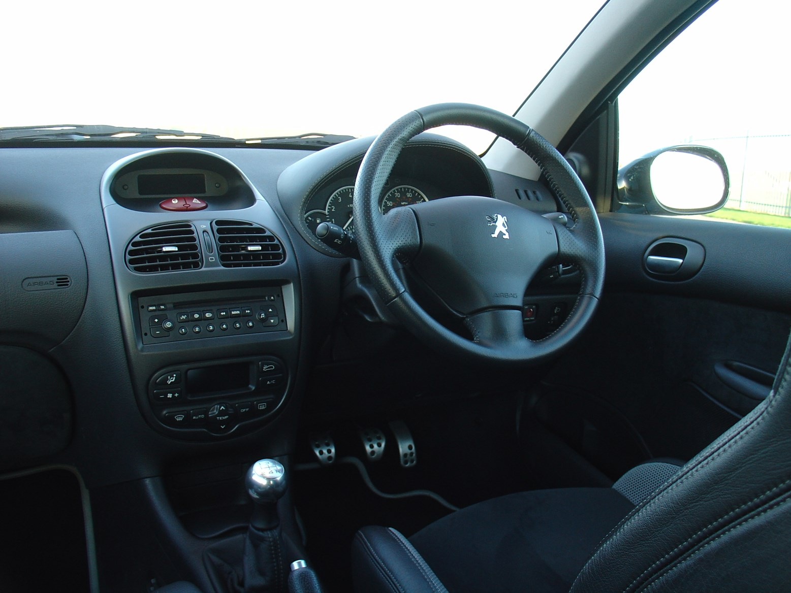 100 peugeot 308 gti interior peugeot 308 gti 1 6 thp 250bhp gti by peugeot sport 5d for. Black Bedroom Furniture Sets. Home Design Ideas