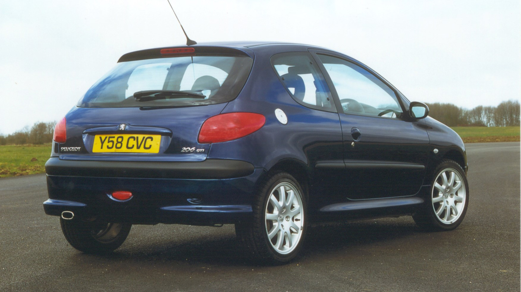 peugeot 206 gti review 1999 2006 parkers. Black Bedroom Furniture Sets. Home Design Ideas
