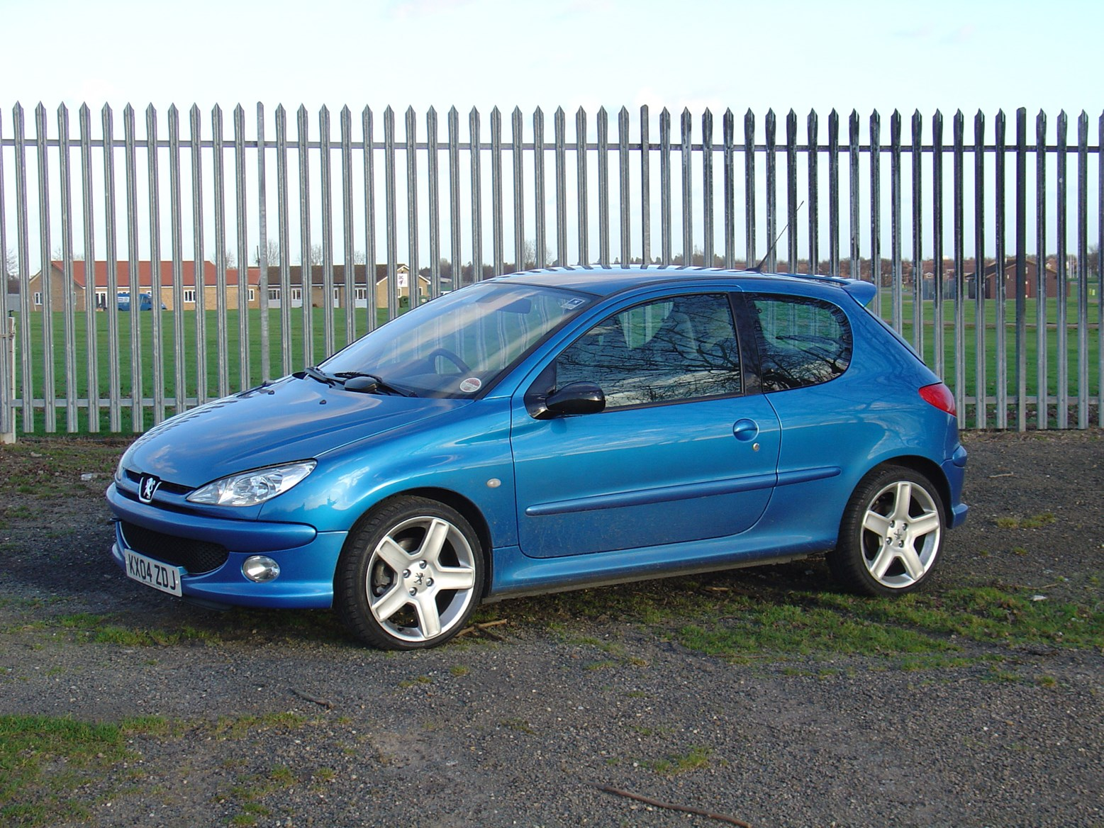Peugeot 206 GTi (1999 - 2006) Running Costs | Parkers
