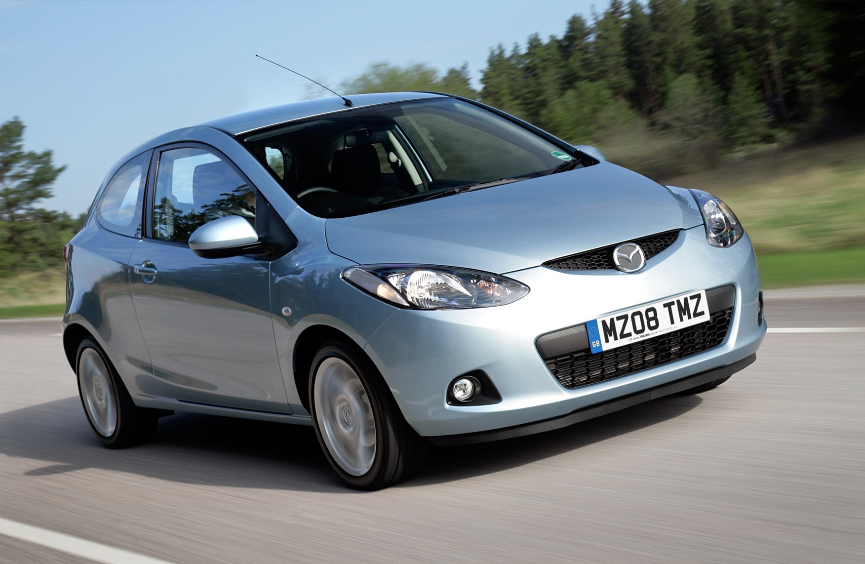 Mazda 2 Hatchback Review 2007 2015 Parkers