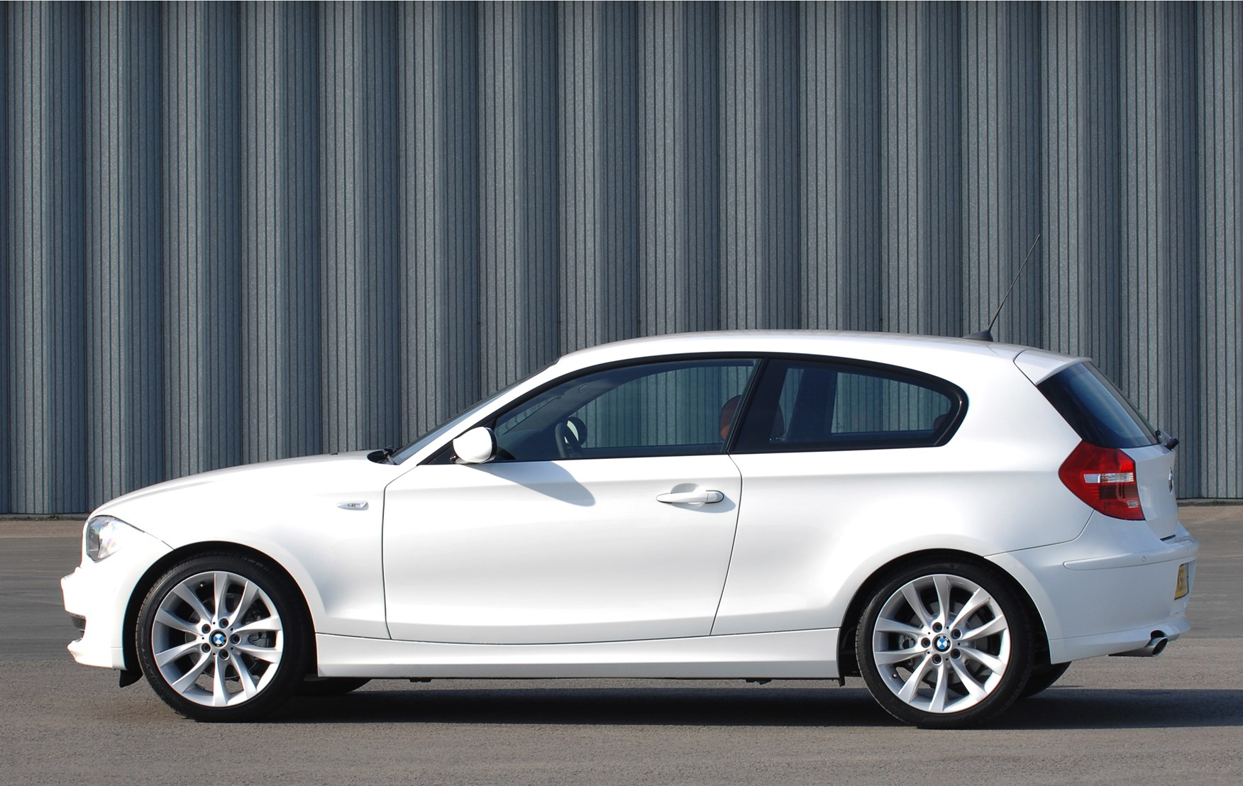 BMW 1-Series Hatchback Review (2004 - 2011) | Parkers