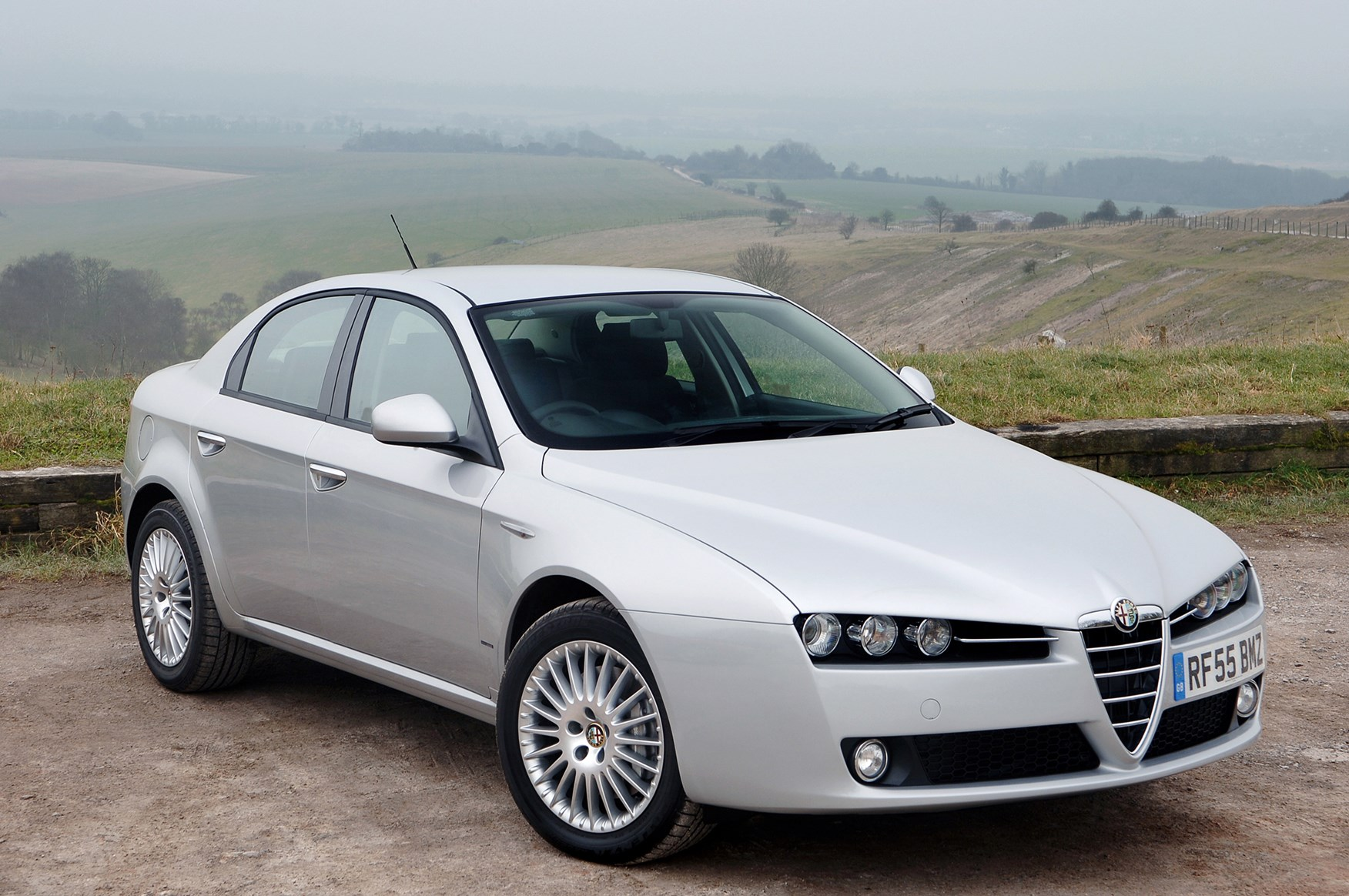 alfa romeo 159 saloon review 2006 2011 parkers. Black Bedroom Furniture Sets. Home Design Ideas