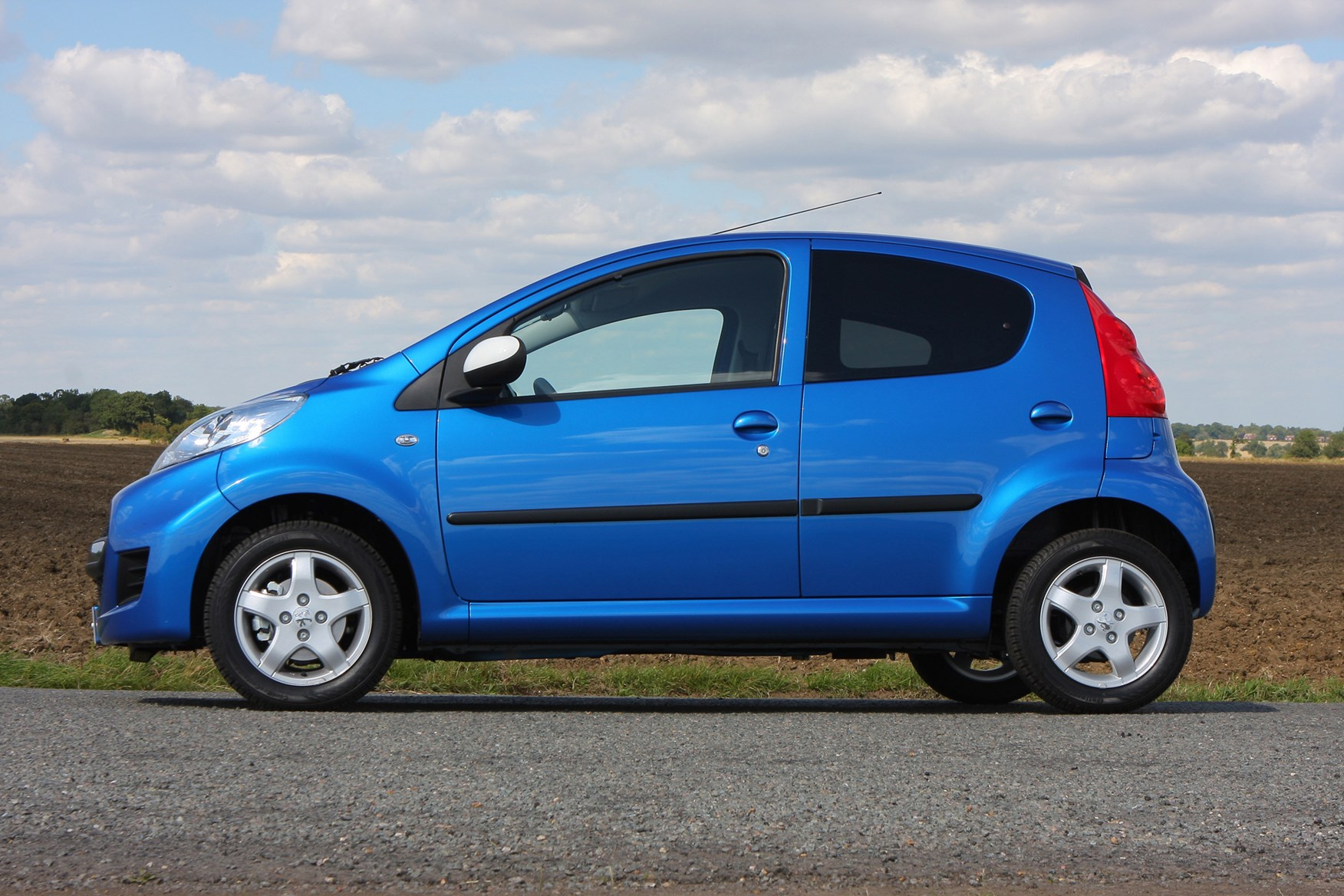 Used Peugeot 107 Hatchback (2005 - 2014) Engines | Parkers