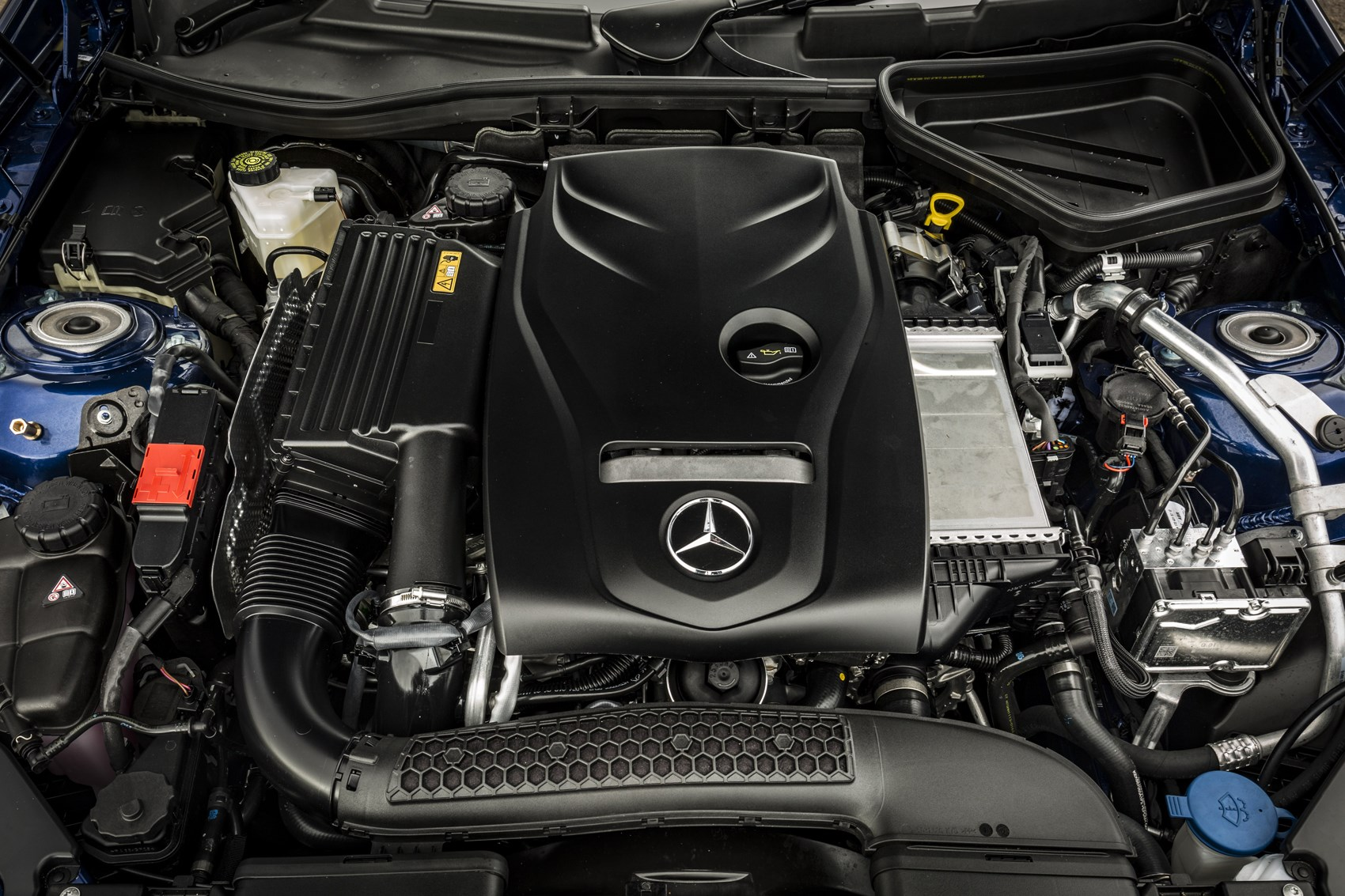 Mercedes benz slc class convertible review 2016 parkers for Mercedes benz engine