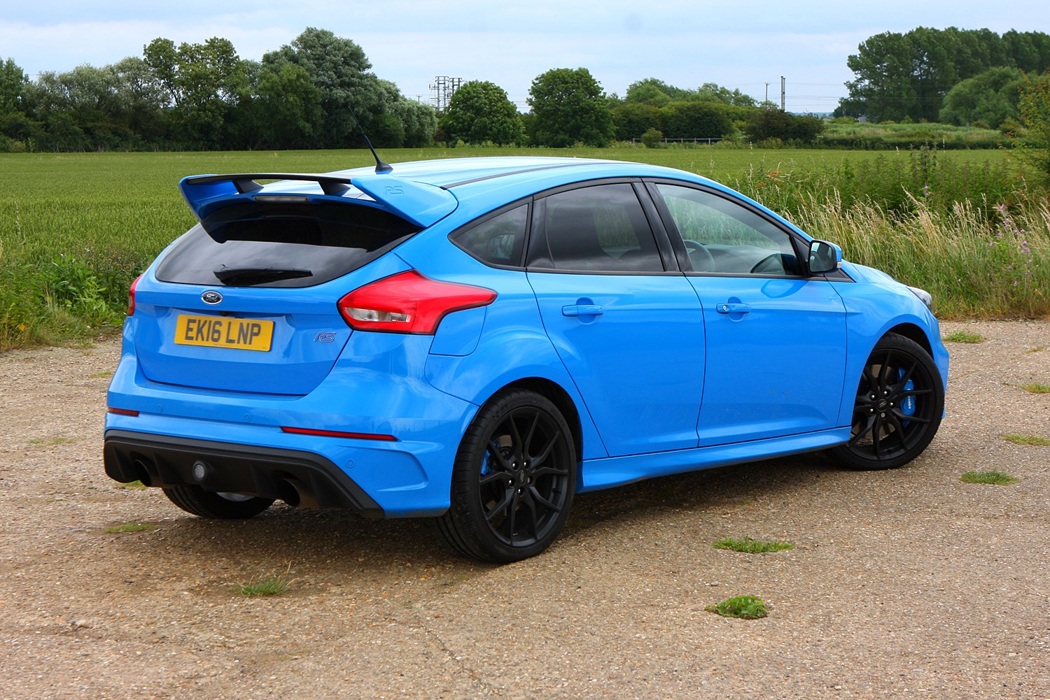 ford focus rs 2016 driving performance parkers. Black Bedroom Furniture Sets. Home Design Ideas
