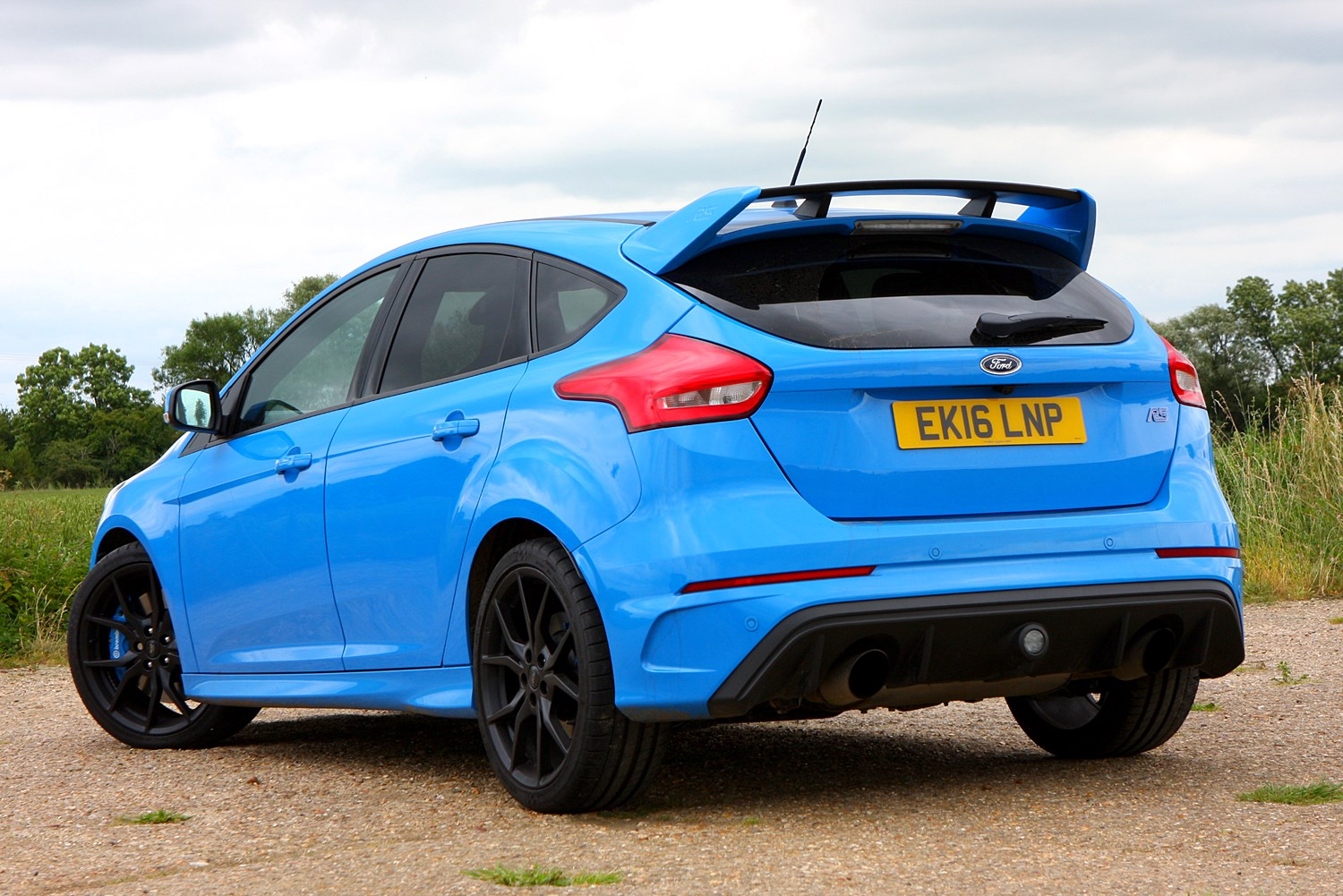 ford focus rs review 2016 parkers. Black Bedroom Furniture Sets. Home Design Ideas