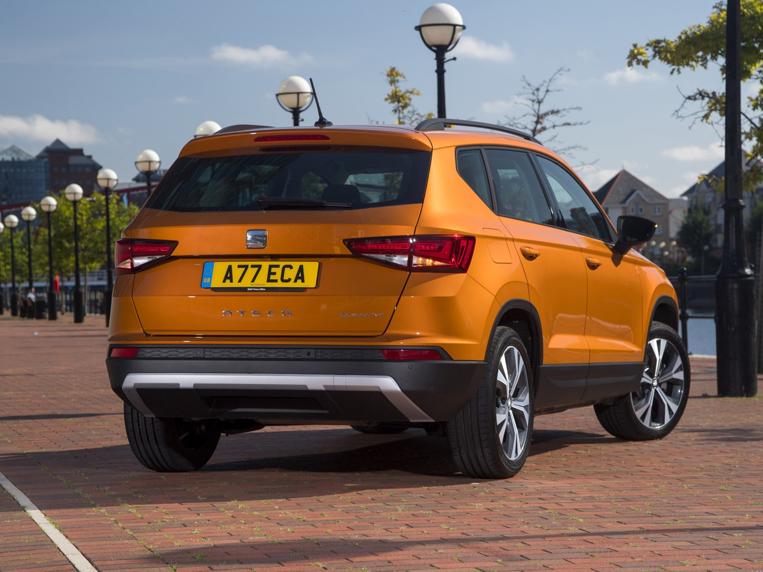 seat ateca suv review parkers. Black Bedroom Furniture Sets. Home Design Ideas