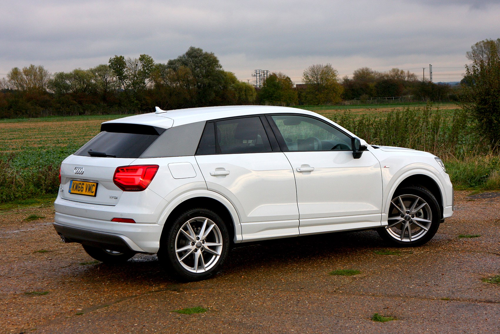 audi q2 suv 2016 buying and selling parkers. Black Bedroom Furniture Sets. Home Design Ideas