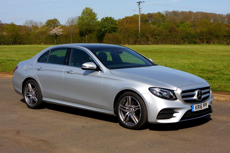 Mercedes benz e class saloon 2016 features equipment for Mercedes benz e class accessories