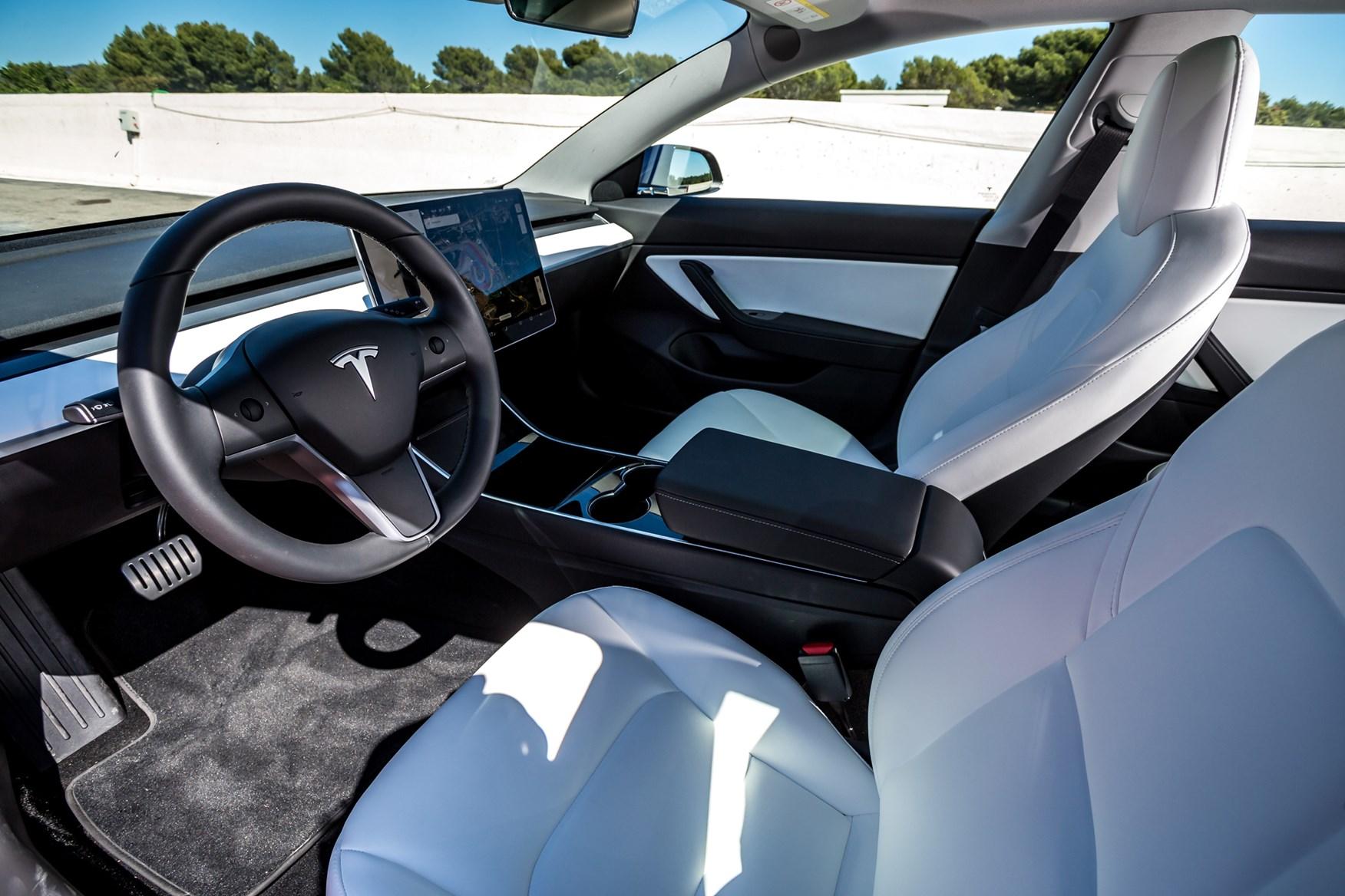 Tesla Model 3 (2019) Engines, Drive & Performance | Parkers