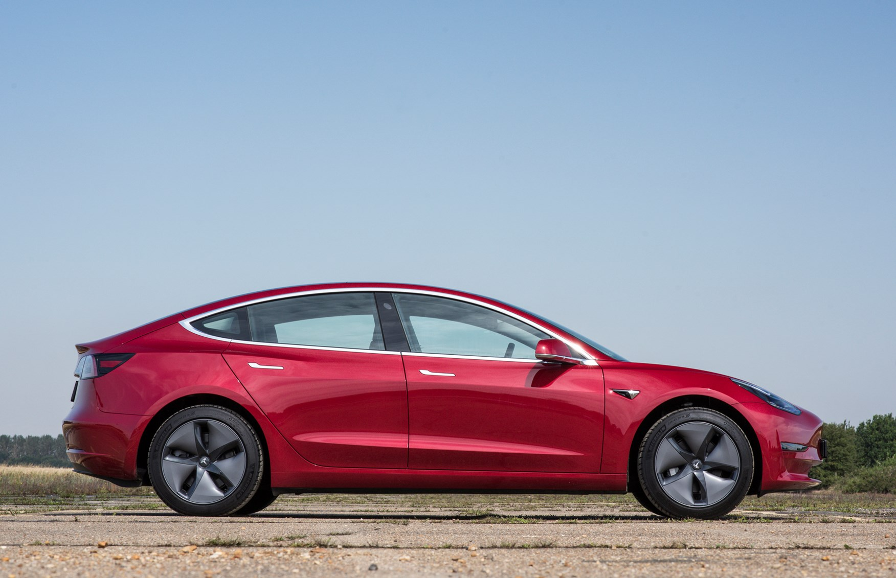 Tesla Model 3 (2019) MPG, Running Costs, Economy & CO2 | Parkers