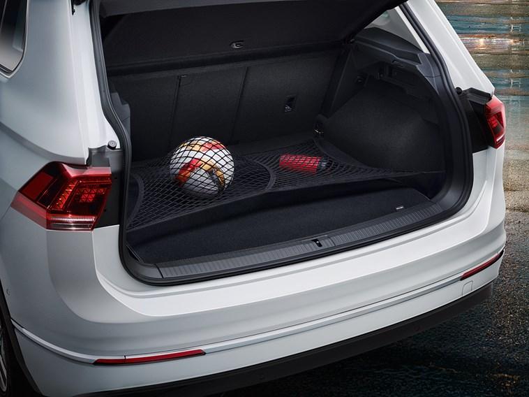 Volkswagen Tiguan Review (2021) | Parkers